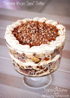 trifle desserts this quot;better than sexquot; trifle is a delicious make ahead dessert that everyone loves Beaux Desserts, Köstliche Desserts, Layered Desserts, Sweet Desserts, Trifle Bowl Desserts, Heath Bar Trifle Recipe, Plated Desserts, Triffle Recipe, Trifle Dish