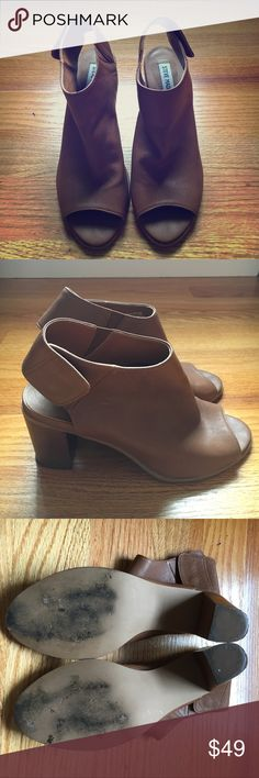 Steve Madden Nonstp brown ankle bootie Stacked heel, button sling-back strap, and open toe features are stylish but comfortable. Perfect for summer all the way into fall. Very good condition, barely worn. Steve Madden Shoes Ankle Boots & Booties