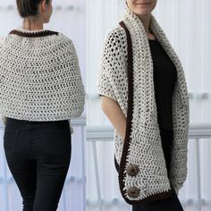 Crochet Poncho PATTERN - Fall Fringe Poncho - Poncho with Fringe Pattern - Yarn Cake Poncho Pattern - Easy Crochet Poncho Crochet Wrap Pattern, Crochet Poncho Patterns, Crochet Patterns For Beginners, Knitting Patterns, Beginner Crochet, Crochet Ideas, Boho Crochet, Crochet Simple, Crochet Woman