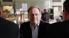 Politiikan hullu vuosi 2015 – Analyysi: Usko koetuksella Edellistä heikompaa hallitusta ei pitänyt tulla, mutta tämä vuosi opetti, että politiikassa kaikki on mahdollista, kirjoittaa politiikan erikoistoimittaja Pekka Ervasti.