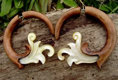 Fake Gauge Earrings ,Tribal Style, Mother of pearl, Shell,hawaii koa wood ,Gold Shell,hand carved,organic