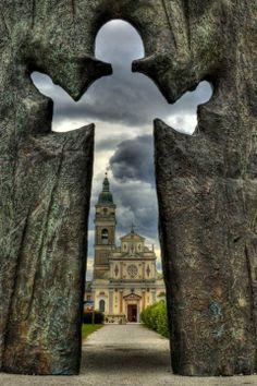 Dobrodošli. #Cerkev Marije pomagaj. Slovenija (Welcome to the church Marije Pomagaj)