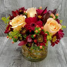 Order flowers online from a local flower shop in Sudbury, MA. The Frugal Flower offers fresh flowers, hand-delivered to homes and offices in Massachusetts. Summer Flower Arrangements, Flower Arrangement Designs, Vase Arrangements, Beautiful Flower Arrangements, Flower Centerpieces, Flower Designs, Shade Flowers, Fall Flowers, Beautiful Flowers