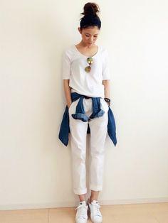 #ふぇすおの夏祭り。 #白Tシャツ #白パンツ #腰巻きスタイル #ミラーサングラス #ターバン #おだんごヘアー #なんてことないコーデフェス #オールホワイト