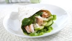 Salmon in wrap recipe. Healthy family dinner!   © Norges Sjømatråd 2012