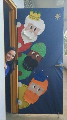 for december 2017 and january 2018 Christmas Classroom Door, Christmas Door Decorations, Office Christmas, Preschool Christmas, School Decorations, Christmas Nativity, Christmas Activities, Christmas Projects, Christmas Holidays