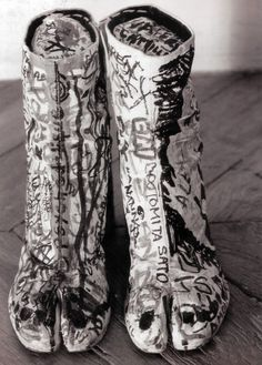 """Maison Martin Margiela is proud to have participated in the exhibition """"Dessine-moi le Japon"""" in Paris with this archive photo from ©Tatsuya Kitayama 90s Shoes, Tabi Shoes, Ugly Shoes, Dior, Walter Van Beirendonck, Weird And Wonderful, Clutch, Looks Cool, Kelly Wearstler"""