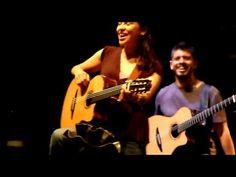 Rodrigo y Gabriela - Symphony of Destruction medley @ Glastonbury Festival 2010