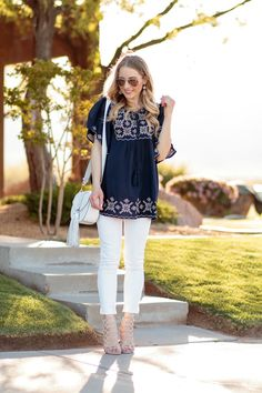 2a7c671482419f Glamour-Zine wearing embroidered top white skinny jeans and steve madden  caged sandals rebecca minkoff saddlebag and ray-ban aviators