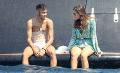 Neymar and girlfriend Bruna Marquezine board a luxury boat in Ibiza Neymar Jr, Football Fans, Football Players, Bruna Marquezine And Neymar, Ibiza, Sports Personality, Love You Babe, Boys Underwear, Lucky Girl