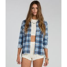Get free shipping at the Billabong online store. Available in midnight or black cherry There's nothing more versatile and easy than the Out Of Bounds flannel, In fact, the only thing difficult about this top is picking which color you love most.