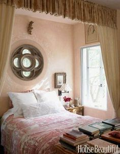The Power of Pink: Room Photos, Decorating Ideas, and Fabulous Finds - Decoration - Home Design - Photographs Pink Bedrooms, Spring Bedroom, Beautiful Bedrooms, Pink Room, Home Bedroom, Bedroom Design, Beautiful Homes, Bedroom Inspirations, Mediterranean Decor
