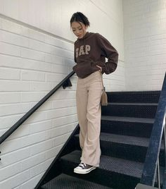 Indie Outfits, Retro Outfits, Cute Casual Outfits, Fashion Outfits, Mode Hipster, Looks Pinterest, Brown Outfit, Teenager Outfits, Mode Inspiration