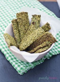 Eating clean: Broccoli breadsticks (grain-free, gluten-free, dairy-free, sugar free)