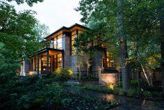 façade porche - David's house par David Small Design à Toronto, Canada