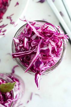 An easy way to use up leftover red cabbage. Find out how with this Pickled Red Cabbage! Vegetable Recipes, Vegetarian Recipes, Healthy Recipes, Cabbage Vegetable, Veggie Dishes, Side Dishes, Recipe With Celery Root, Quick Pickled Vegetables, Pickled Red Cabbage