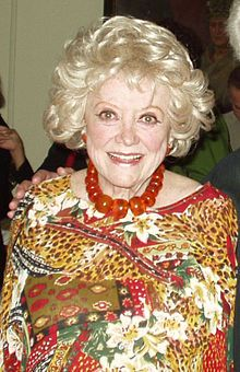 Phyllis Diller is listed (or ranked) 81 on the list Celebrity Deaths: 2012 Famous Deaths List Celebrity Deaths, Celebrity News, Classic Hollywood, Old Hollywood, Famous Celebrities, Celebs, Famous Women, Phyllis Diller, I Will Remember You