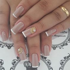Publicación de Instagram de Unhas da Moda • 27 Dic, 2016 a las 10:30 UTC Elegant Nails, Stylish Nails, Lux Nails, Mickey Nails, Bridal Nail Art, Fall Nail Art Designs, Easy Nail Art, Creative Nails, Perfect Nails