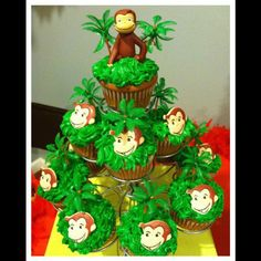 curious george birthday supplies | Cupcakes at a Curious George Party ... | Birthday party ideas