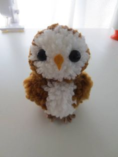 Make Your Own Pom Pom Owl  Pinned by www.myowlbarn.com