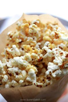 Healthy Caramel Corn...made with no refined sugar at all! Also, it's gluten free, paleo, vegan, unprocessed and totally clean eating at it's finest! And, did I mention it tastes amazing? Cause it does :)