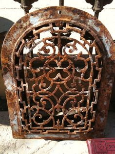 rusty items , Love this grate, to hang on the wall