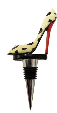 For the shoe fanatic and wine lover in your life #wine #winestopper #winos…