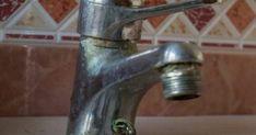 Πώς βγαίνουν εύκολα τα άλατα στον νεροχύτη και την βρύση Cleaning Hacks, Kai, Sink, Lifestyle, Decor, Sink Tops, Vessel Sink, Decoration, Vanity Basin