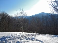 One of the best hiking trails in the Smoky Mountains for seeing mountain views during the winter.