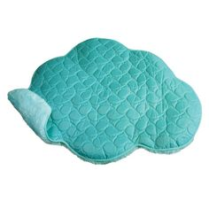 Look for KONG Play Spaces Cloud Luxurious Mat Plush for Cat at Luckypet in Australia. Cat Bros, Dog Test, Kong Toys, Portable Spa, Play Spaces, Pet Mat, Cat Treats, Cool Things To Make, Dog Love