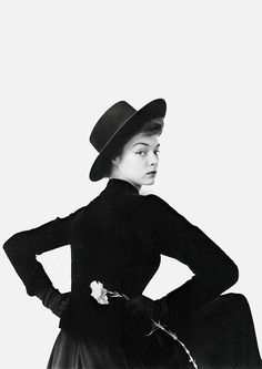 Jean Patchett photographed by Irving Penn, 1950.