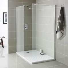 Look at these 30 attractive walk-in shower designs. The Architecture Designs have 30 most attractive walk-in shower designs to make your bathroom look great. Check now! Walk In Shower Tray, Walk In Shower Designs, Wet Room Shower Tray, Shower Trays, Shower Rooms, Wet Room Screens, Walk In Shower Enclosures, Toilette Design, Restroom Design