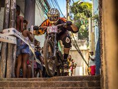 Circuito MTB de Favelas 2015 - Etapa: Morro do Turano - RJ - Brazil Piloto: Lucas Fonseca. Photo:© João Paulo Labeda / 2Rodas.