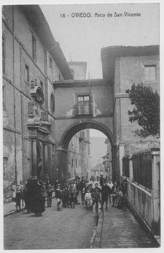 Oviedo: arco de San Vicente.