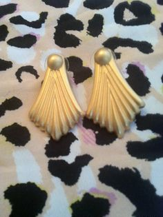 Vintage Gold by GlamLifeAccessories on Etsy, $5.00
