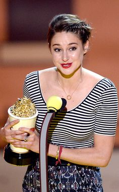 Shailene Woodley Won the MTV Trailblazer Award.she also won best kiss w/ Ansel Elgort. My queen slaying it at the mtv awards tonight, shes so beautiful