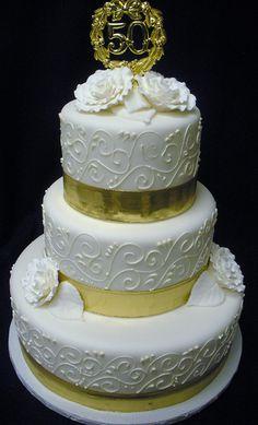 50th Anniversary Cake | Flickr - Photo Sharing! Golden Anniversary Cake, 50th Wedding Anniversary Cakes, Anniversary Ideas, Cupcakes, Cupcake Cakes, 50th Cake, Bolo Cake, Elegant Wedding Cakes, Occasion Cakes