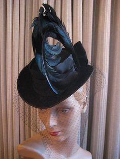 40's Flair Blk Felt Tilt Hat w LRG Curled Feathers Veiling