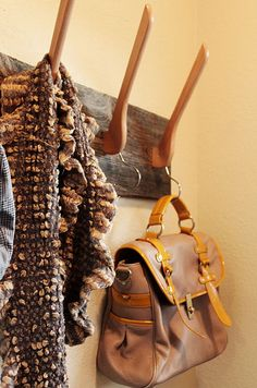 How To Make a Cool Coat Rack From Wooden Hangers #DIY #Upcycle