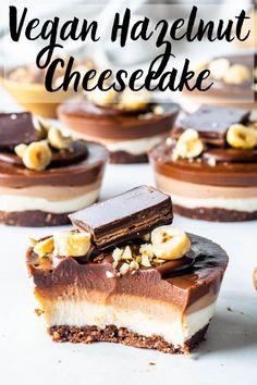 Vegan Hazelnut Cheesecake - the perfect easy mini dessert Hazelnut Cheesecake Recipe, Vegan Cheesecake, Healthy Dessert Recipes, Easy Desserts, Delicious Desserts, Healthy Cheesecake Recipes, Vegan Baking Recipes, Vegan Chocolate, Chocolate Recipes