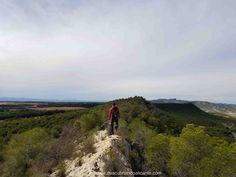 Ruta por la Cresta de la Sierra Escalona Orihuela Alicante Sierra, Alicante, Country Roads, Nature, Travel, Hiking Trails, Viajes, Naturaleza, Destinations