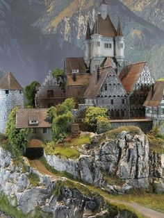 Outdoor Toy Trains Bringing the Fun Outside Beautiful Castles, Beautiful Buildings, Beautiful Places, Places Around The World, Around The Worlds, Minecraft Architecture, Fantasy Castle, Model Train Layouts, Medieval Castle