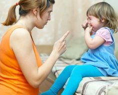 Your toddler can be frustrating at times- they are still learning to navigate their emotions. Keep reading for 6 things you shouldn& say to your toddler. Parenting Articles, Parenting Classes, Parenting Books, Kids And Parenting, Parenting Tips, Teaching Kids, Kids Learning, Toddler Behavior, Toddler Fun