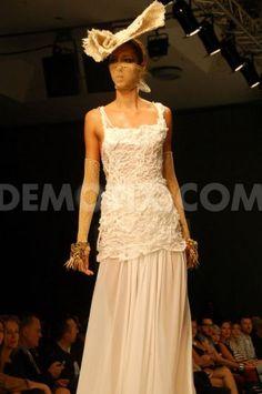 Celebrity Skin, Celebrities, Wedding Dresses, Fashion, Bride Dresses, Moda, Celebs, Bridal Gowns, Fashion Styles