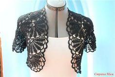 Crochet Shrug/bolero in Black por MumsCraftwork en Etsy T-shirt Au Crochet, Crochet Bolero Pattern, Cardigan Au Crochet, Pull Crochet, Gilet Crochet, Mode Crochet, Crochet Coat, Crochet Shirt, Crochet Jacket