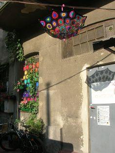 Crochet Umbrella - Granny Square Parasol And Crochet Curtain by babukatorium, via Flickr