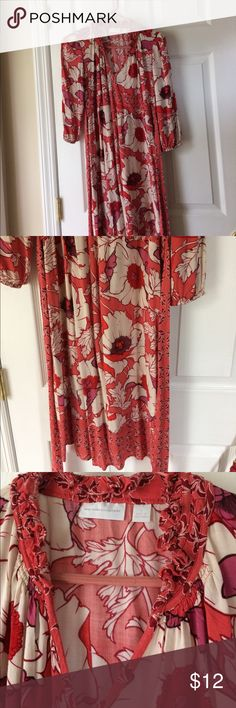 Floral dress Lightweight cotton dress. Cream, red, salmon, and purple floral pattern. V-neck with ruffled collar. Ties in back. 3/4 length elastic sleeves. Perfect for fall or spring. New York & Company Dresses Midi