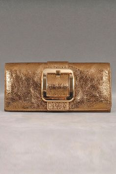 Michael Kors Black Selma Leather Bag (Medium size) #bag #designerbag #michaelkors INSTAGRAM: @lesbellesblog