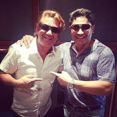 Grato encuentro | @robecarloscujia & @MartinMaderaCantautor  #Vallenato  #Music  #Colombia  #robertocarlos  #robertocarloscujia by pixel.md