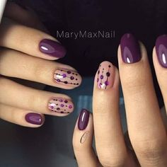 28 Cute Red And White Nail Art Designs To Try This Year - Workout Plan Purple dotty nail art design Flower Nail Art Nail Art Violet, Purple Nail Art, Purple Nail Designs, Simple Nail Art Designs, Short Nail Designs, White Nail Art, Yellow Nail, Purple Wedding Nails, Purple Manicure